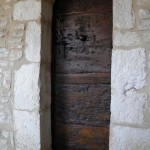 Porta della Cappella di San Silvestro (IX sec.) nel Santuario del Sacro Speco di San Francesco nei pressi di Narni
