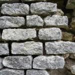 Grotta Marozza - Particolare dell'antica copertura in rettangoletti di selce