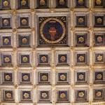 Basilica di Farfa - Soffitto con Stemma Orsini