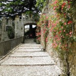 Collalto - Salita al Giardino del Castello