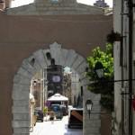 Orvinio - Porta d'ingresso al Corso