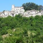 Orvinio - Vista dal basso con il Castello