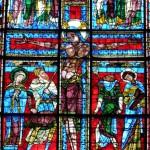 Poitiers - Saint Pierre - Vetrata della Crocefissione 1