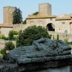 Tuscania Palazzo Baronale e torre del Lavello