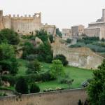 Tuscania Castello Rivellino e San Pietro